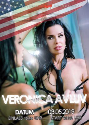 Veronica Avluv am 03.05.2019 im Spermastudio