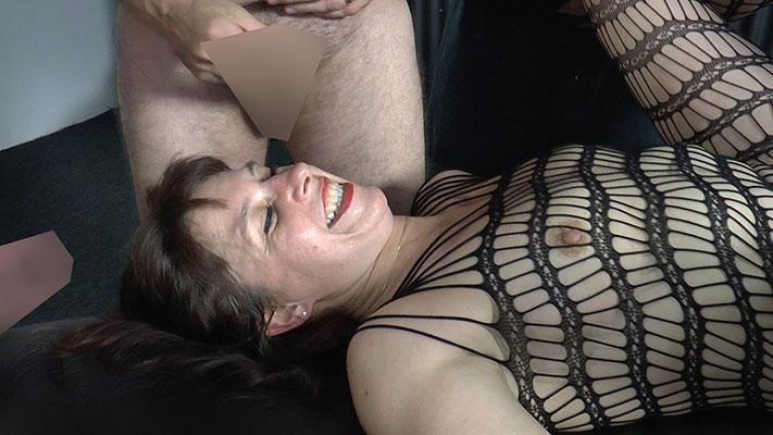 Bibi-07action_spermastudio